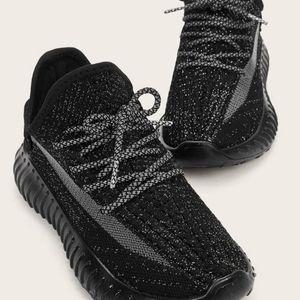 Shein black unisex solid sneakers